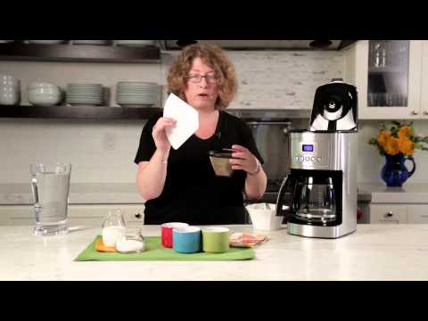 14-Cup Programmable Coffeemaker (DCC-3200) Demo Video