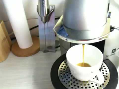 Nespresso Coffee Machine Demo (Krups XN4050)