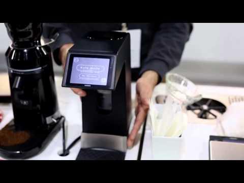 SCAA 2016 Show Highlights: Hario Smart 7 V60 Auto Pourover Coffee Maker