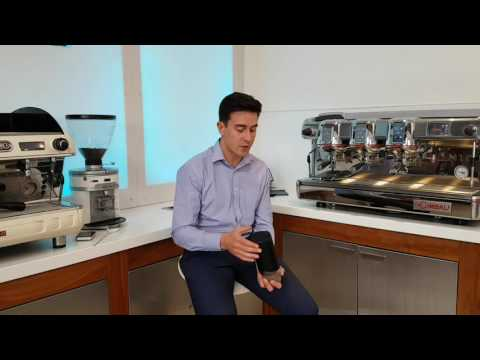 World Barista Championship Judge reviews the Oomph Coffee Maker