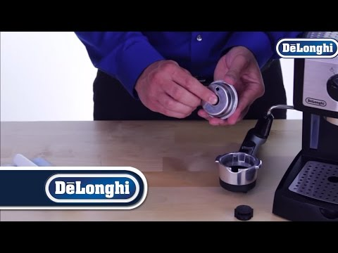De'Longhi Pump Espresso Machines: Cleaning the Filter Baskets