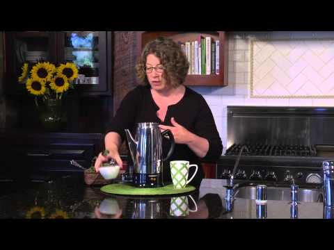 Cuisinart Classic 12-Cup Percolator (PRC-12) Demo Video