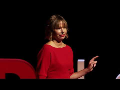 How diplomacy in space can inspire cooperation on Earth | Dr Alice Bunn | TEDxLondonWomen