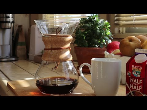 BPA-Free Coffee: CHEMEX Pour Over Coffee Maker Review & Demo| Best Tasting Coffee!!
