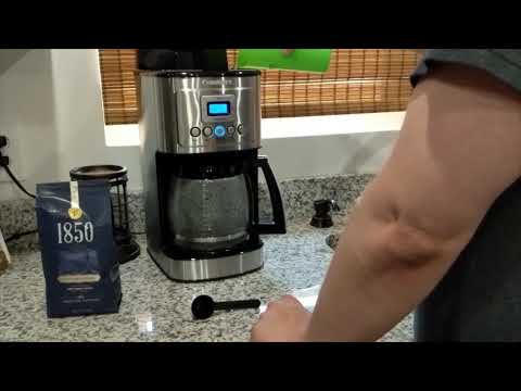 Snarf Reviews   Unboxing and Review of the  Cuisinart 14 Cup Programmable Coffee Maker DCC 3200