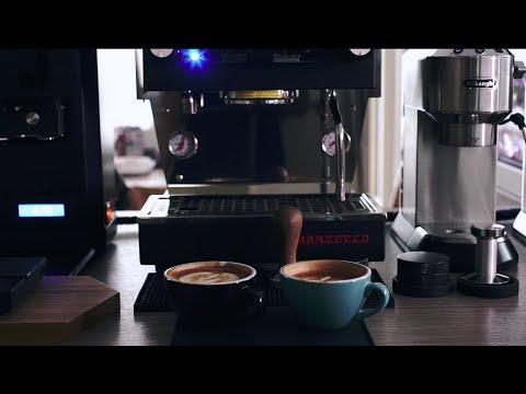 DeLonghi Dedica EC685 vs La Marzocco Linea Mini brew and steam to make a coffee latte.